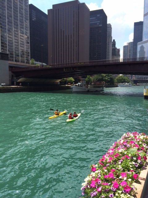 Summertime in Chicago - when the sun is shining an the river is calling.
